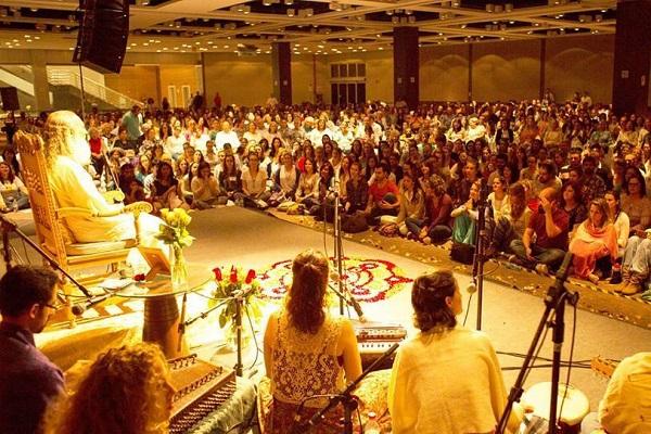 O DIWALI traz novamente a Porto Alegre... As sábias palavras de Sri Prem Baba. Dia 30, no Salão de Atos da PUC. Participe!